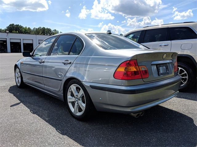 Pre-Owned 2004 BMW 3 Series 330i